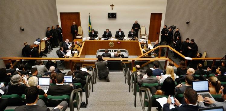 julgamento-do-habeas-corpus-ex-presidente-lula-frm20180306010-walterson-rosa-estadao-conteudo