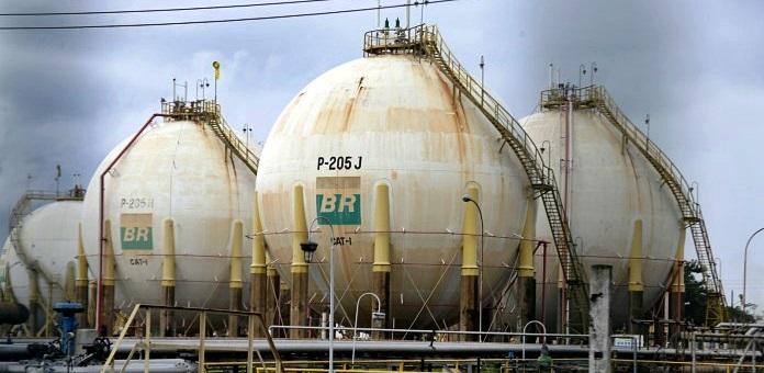 Petrobras-sobe-preço-do-diesel-e-da-gasolina-pelo-5º-dia-seguido